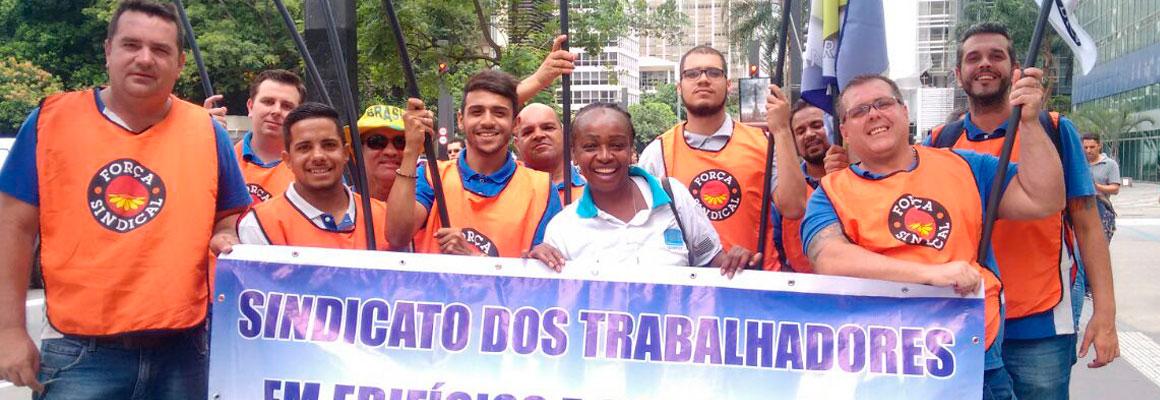 Sindifícios participa de primeira grande manifestação do ano na Paulista